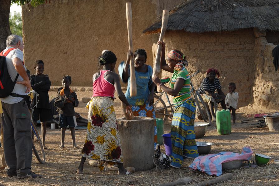 Burkina (2747)